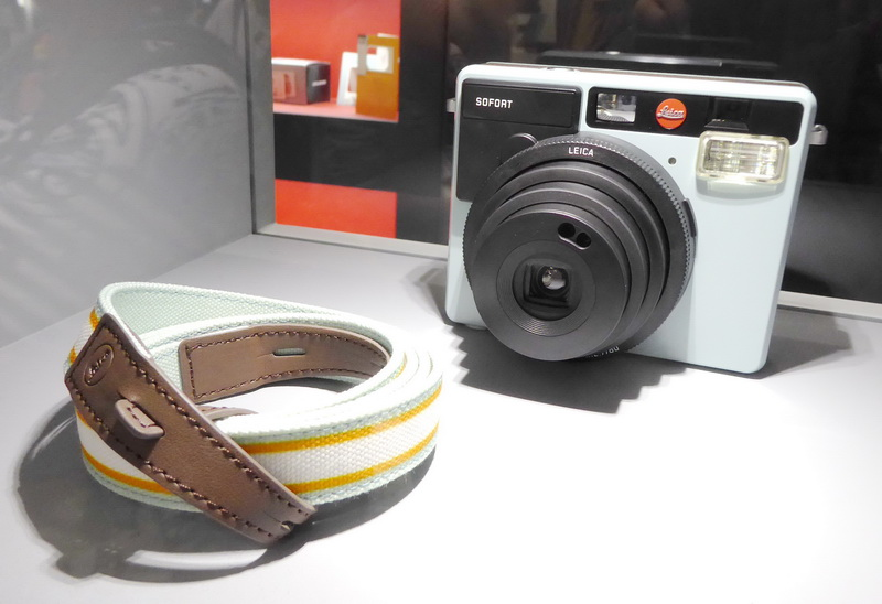 Leica Sofort in der Farbe Mint